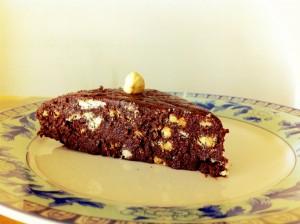 Bir dilim kakaolu bisküvili pasta